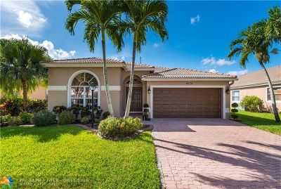 Pembroke Pines Single Family Home For Sale: 13186 NW 18th Ct