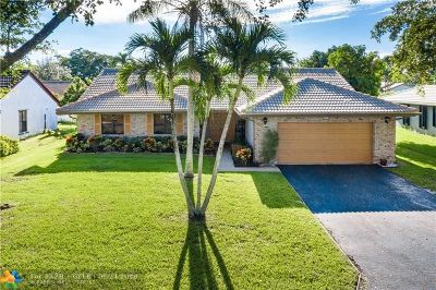 Coral Springs Single Family Home For Sale: 5055 NW 66th Dr