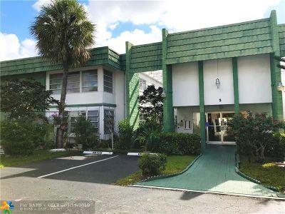 Lauderhill Condo/Townhouse For Sale: 4821 NW 22nd Ct #211