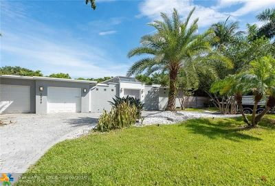 Fort Lauderdale Single Family Home For Sale: 2711 NE 19th St