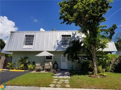 Oakland Park Single Family Home For Sale: 1361 NE 40th Pl