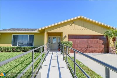 Deerfield Beach Single Family Home For Sale: 2489 SW 10th Dr