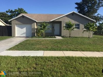 Boca Raton Single Family Home For Sale: 9171 SW 18th Rd