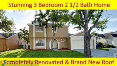 Miramar Single Family Home For Sale: 3060 Crystal Way