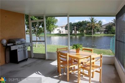 Pembroke Pines Single Family Home For Sale: 20533 SW 2nd St