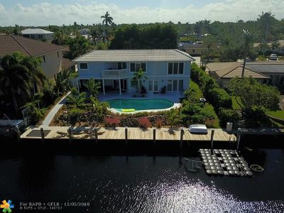 Lighthouse Point Single Family Home For Sale: 2311 NE 48th St