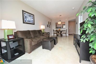 Fort Lauderdale Condo/Townhouse For Sale: 3020 NE 32nd Ave #614