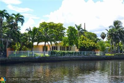 Wilton Manors Single Family Home For Sale: 3016 NE 1st Ter
