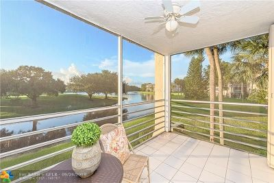 Davie Condo/Townhouse For Sale: 9470 Poinciana Pl #201