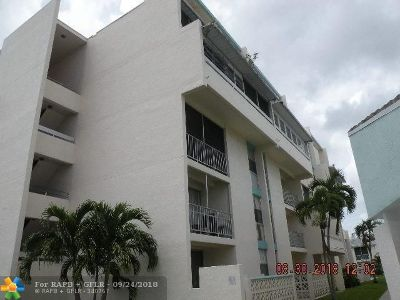 Lauderhill Condo/Townhouse For Sale: 2017 NW 46th Ave #409