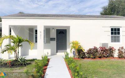 North Miami Single Family Home For Sale: 921 NE 141st St