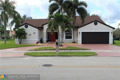 Davie Single Family Home For Sale: 1455 SW 97th Way