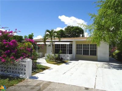 Pompano Beach Single Family Home For Sale: 2721 NE 9th Ter
