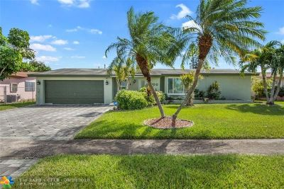 Sunrise Single Family Home For Sale: 10800 NW 29th Ct