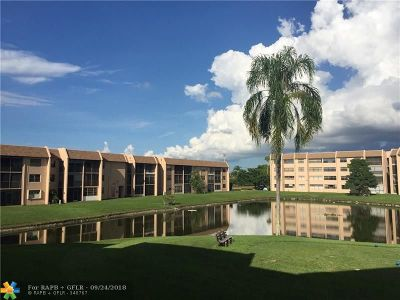 Sunrise Condo/Townhouse For Sale: 10180 NW 30th Ct #205