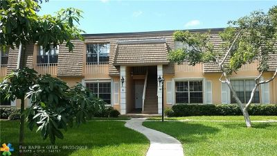 Plantation Condo/Townhouse For Sale: 302 NW 69th Ave #158