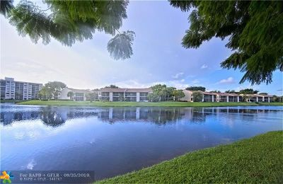 Deerfield Beach Condo/Townhouse For Sale: 1961 SW 15th St #81