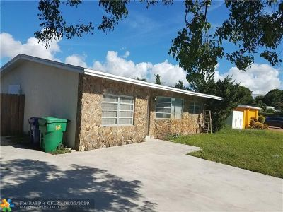 Lauderhill Single Family Home For Sale: 2620 NW 43rd Ave