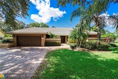 Coral Springs Single Family Home For Sale: 9166 NW 50th Ct