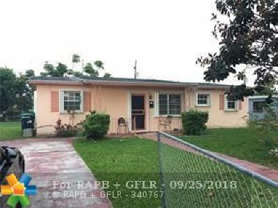 Miami Single Family Home For Sale: 14715 SW 107th Ave