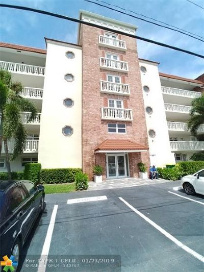 Fort Lauderdale Condo/Townhouse For Sale: 5100 Bayview Dr #501