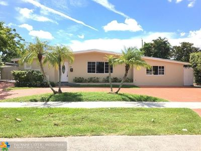 Miami Single Family Home For Sale: 8810 SW 21st St