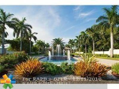 Coconut Creek Condo/Townhouse For Sale: 3004 Portofino Isle #B4