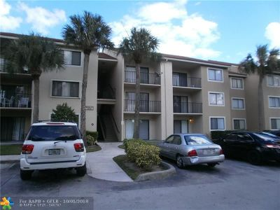 Coral Springs Condo/Townhouse For Sale: 9188 W Atlantic Blvd #1535