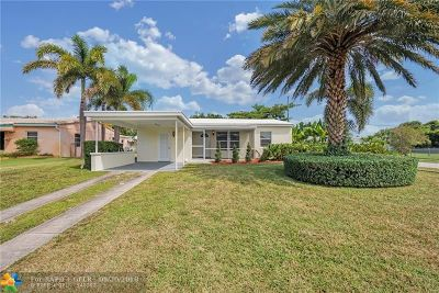 Oakland Park Single Family Home For Sale: 5340 NE 3rd Ave