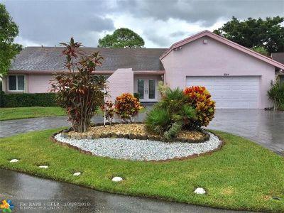 Tamarac Single Family Home For Sale: 7844 Nutmeg Ct