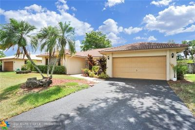 Plantation Single Family Home For Sale: 9100 NW 11th Ct