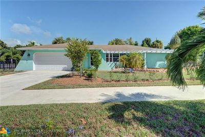 Lake Worth Single Family Home For Sale: 2118 Collier Ave
