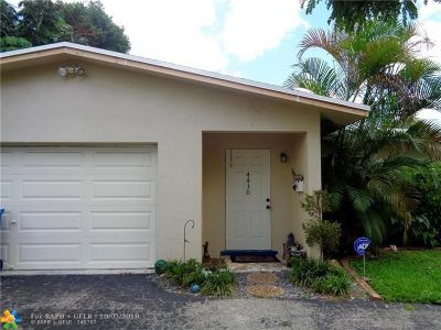 Oakland Park Single Family Home For Sale: 4430 NW 19th Way