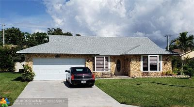 Tamarac Single Family Home For Sale: 10001 NW 71st Ct