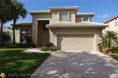 Pembroke Pines Single Family Home For Sale: 17083 NW 16th St