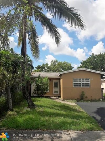 North Lauderdale Single Family Home For Sale: 6872 SW 18th Ct