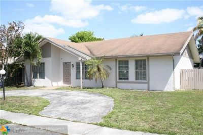 North Lauderdale Single Family Home For Sale: 7401 SW 13th St