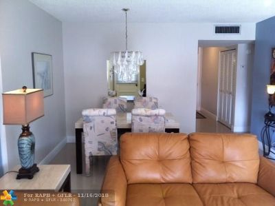 Lauderdale Lakes Condo/Townhouse For Sale: 3091 NW 46th Ave #209A