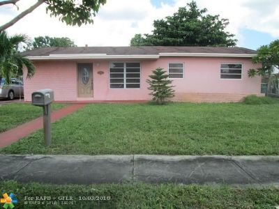 Miami Gardens Single Family Home For Sale: 5001 NW 188th Ter