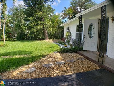 Oakland Park Single Family Home For Sale: 2030 NW 33rd St