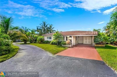 Oakland Park Single Family Home For Sale: 320 NW 35th Ct
