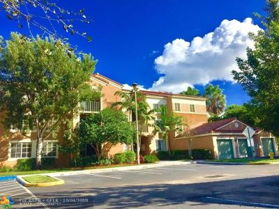 Coconut Creek Condo/Townhouse Backup Contract-Call LA: 4824 N State Road 7 #303