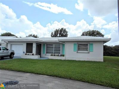 Tamarac Single Family Home For Sale: 7204 NW 70th St