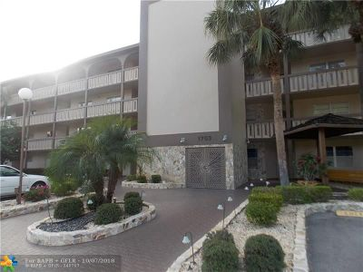 Coconut Creek Condo/Townhouse For Sale: 1703 Andros Isle #J4