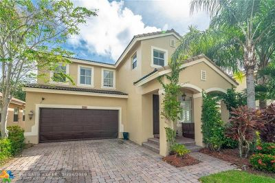 Delray Beach Single Family Home For Sale: 1201 W Magnolia Cir