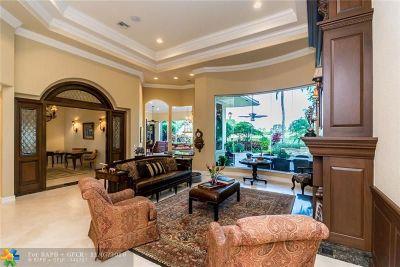 Weston Single Family Home For Sale: 2535 Sanctuary Dr