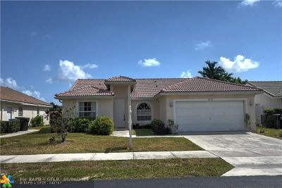 Oakland Park Single Family Home For Sale: 4426 NW 20th Ave