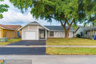 North Lauderdale Single Family Home For Sale: 416 SW 75th Ave
