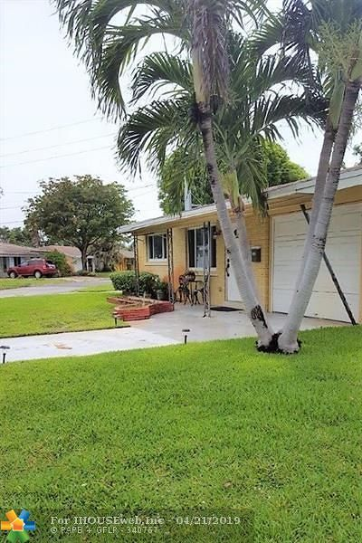 Oakland Park Single Family Home For Sale: 4280 NE 1st Ter