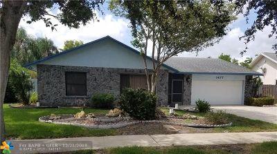 Deerfield Beach Single Family Home For Sale: 1477 SW 27th Way